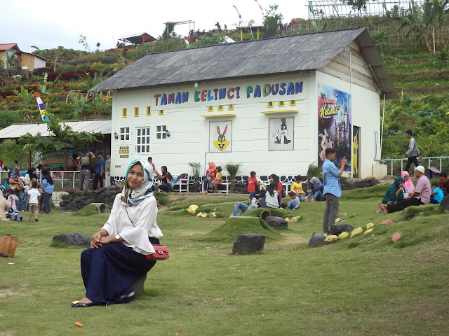 Lokasi wisata Taman Kelinci yang indah untuk bersua foto