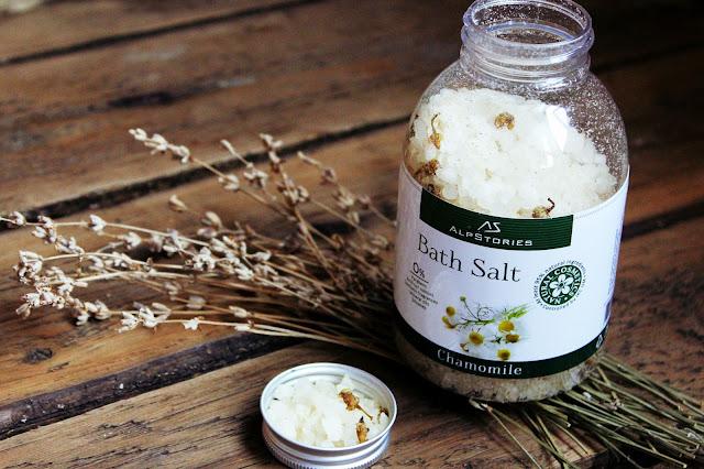 Отзыв: Соль для ванн, обогащенная органическими цветами ромашки AlpStories Bath Salt.
