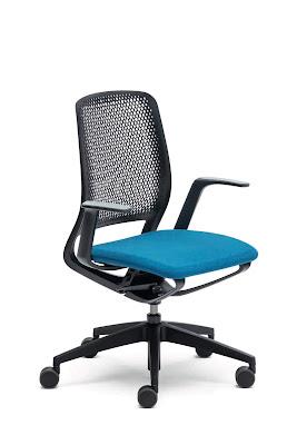kursi-kantor-yang-otomatis-beradaptasi-dengan-penggunanya
