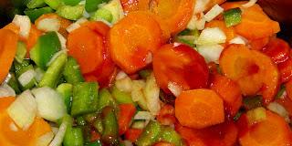 Marchewka z zieloną papryką do słoików