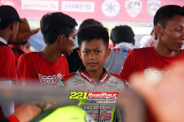 Sikecil Abdul Ghofar SIKAT 5 Podium di Night Race Koto Wisata Batu 2016