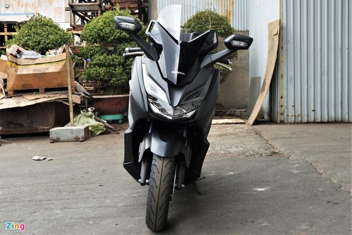 Honda Forza 300 cập bến Việt Nam, giá khoảng 130 triệu