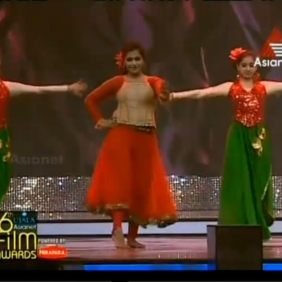 Remya Nambeeshan latest hot dance performance from Asianet Film Awards