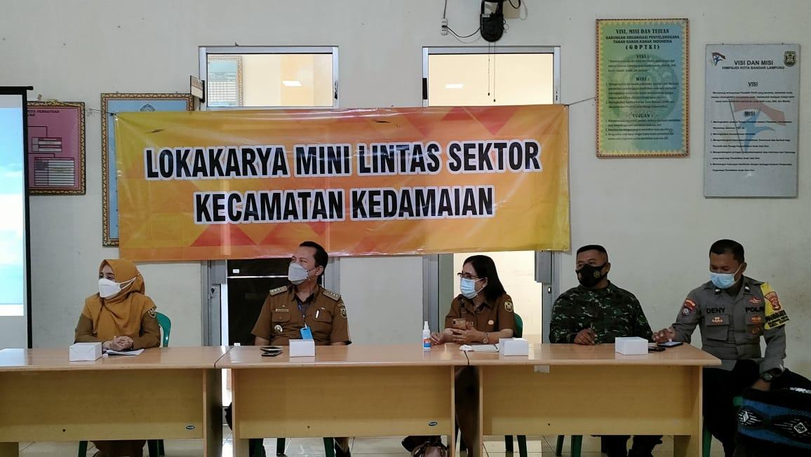 Babinsa Koramil 410-04TKT Kodim 0410KBL Pelda Usep Sopwan menghadiri kegiatan Lokakarya Mini Lintas Sektor Kecamatan Kedamaian
