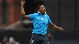 Sri Lanka 67 for all-out - England vs Sri Lanka 3rd ODI 2014 Highlights