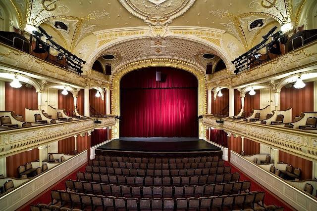 Сцена Латвийского Национального театра