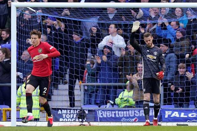 Thủ môn De Gea 7 lần mắc lỗi, MU ôm hận: Tệ nhất Ngoại hạng Anh 1