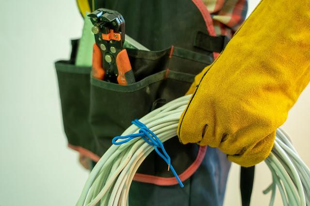 Pelayanan Jasa Instalsi Listrik Industri Karawang