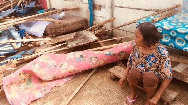 Nenek Ncas di Gusuran KBB Tanah Abang