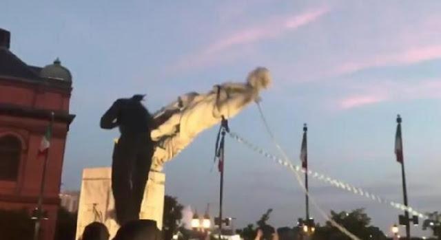Patung Christopher Columbus Dirobohkan