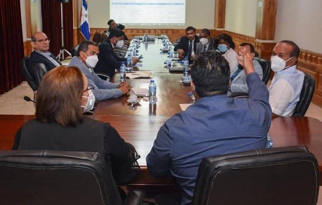 Luego de reunión Consejo Desarrollo, legisladores de San Cristóbal solicitarán Poder Ejecutivo incluir obras en Presupuesto Complementario