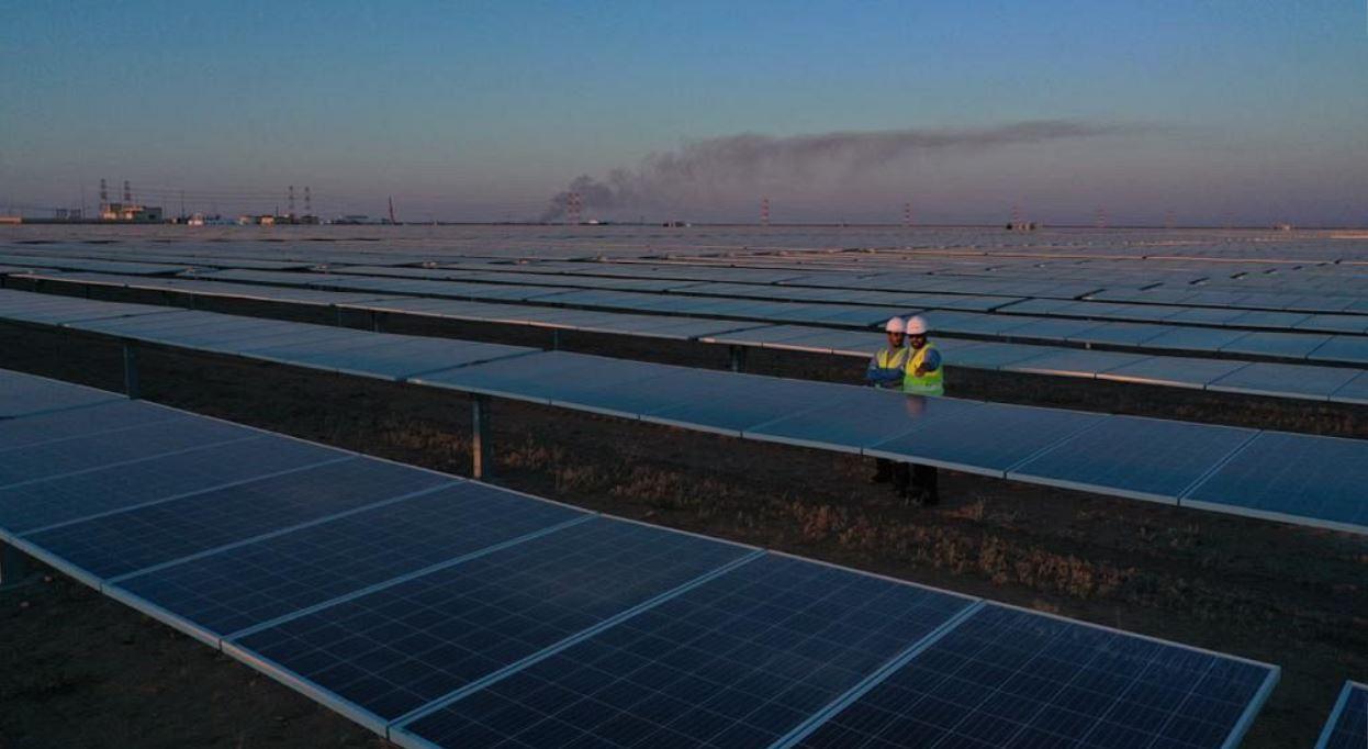 ولي العهد السعودي يعلن افتتاح مشروع محطة سكاكا لإنتاج الكهرباء من الطاقة الشمسية