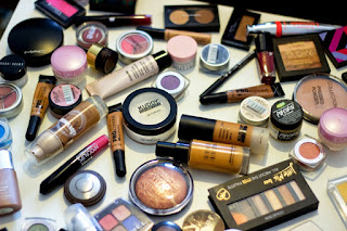 Read here tips to use expired beauty products, How can we use expired beauty products easily. There are many uses of these expired beauty products. We are telling you these tips.