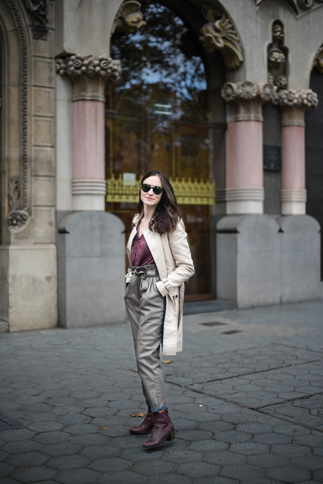 trenchcoat_leather_pants_look