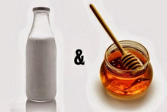 Διώξτε τις ραγάδες με γιαούρτι και μέλι!