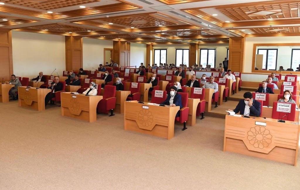 Sancaktepe İlçe Meclisi'nden ortak karar: Havai fişek yasaklandı