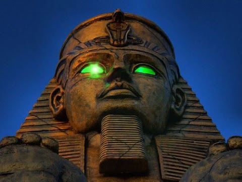 لعنة الفراعنة The Pharaohs' Curse