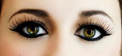 Cara Memutihkan Kelopak Mata Atas Yang Hitam