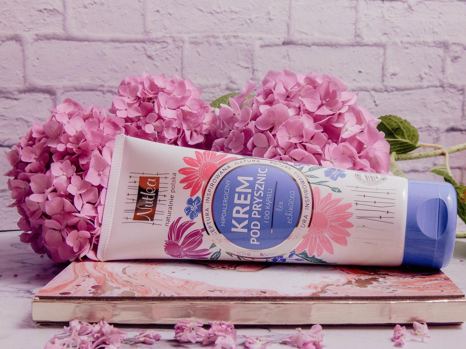 6 recenzja nowości kosmetyczne trico botanica szampon odzywka opinie recenzja pink marshmallow i love balmi recenzja nutka balsam do higieny intymnej okłady maska na oczy rozgrzewająca balsam strawberries and cream seba med