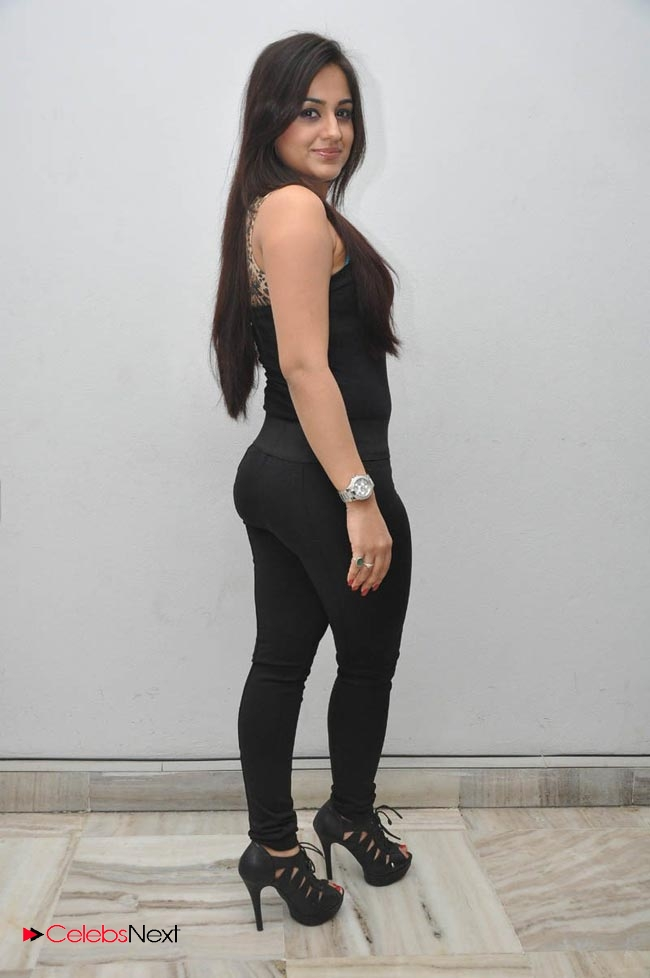 Desi saree girl hot wwwsantipriyacom independent bangalore call girls 919886472805 independent bangalore escorts - 1 3