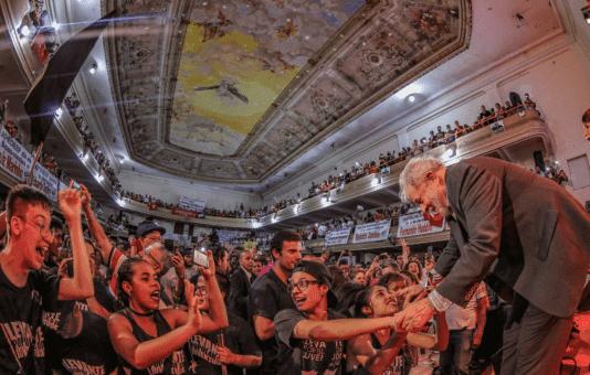 Brasil: Aprueban ley para frenar protestas en apoyo a Lula