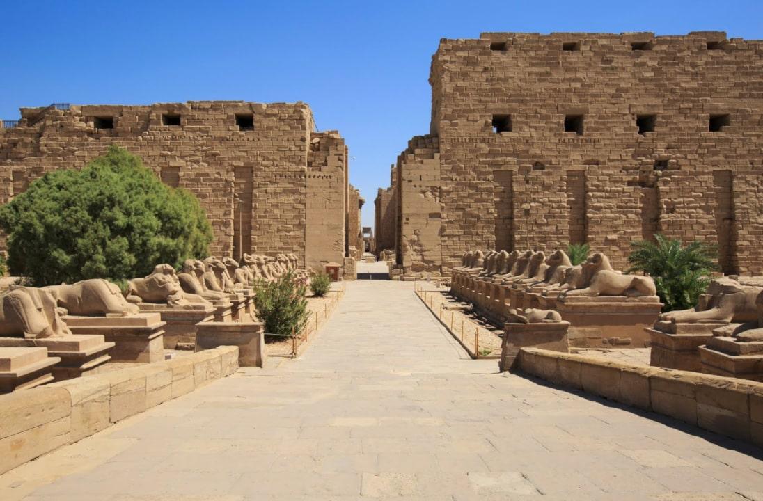 el templo de karnak en el antiguo egipto