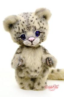 Artist teddy  snow leopard, Schneeleopard, Irbis, teddy ooak, NatalKa Creations, teddies with charm, tiger teddy, artist leopard, Künstler Leopard, Unikat, Künstlerteddy, Teddy, Teddys, Leopard, Teddy kaufen, Teddy buy