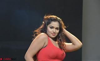 Ashwini Sizzling Pics in Tamil movie Jeyikkira Kuthira 008.jpg