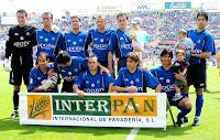 GETAFE C. F. - Getafe, Madrid, España - Temporada 2003-04 - Sergio Sánchez, Iván Amaya, Vivar Dorado, Craioveanu, Nano y Belenguer; Mario Cotelo, Cubillo, Alberto, Uranga y Pachón - GETAFE C. F. 2 (Miguel Ángel 2) C. D. NUMANCIA 1 (Fagiani) - 30/05/2004 - Liga de 2ª División, jornada 39 - Getafe, Madrid, estadio Coliseum Alfonso Pérez - El Getafe se clasificó 2º en la Liga de 2ª División y ascendió a 1ª por primera vez en su historia. Jesús Uribe era el entrenador