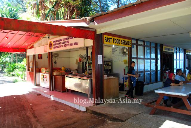 Restaurant and Cafe at Manukan Island