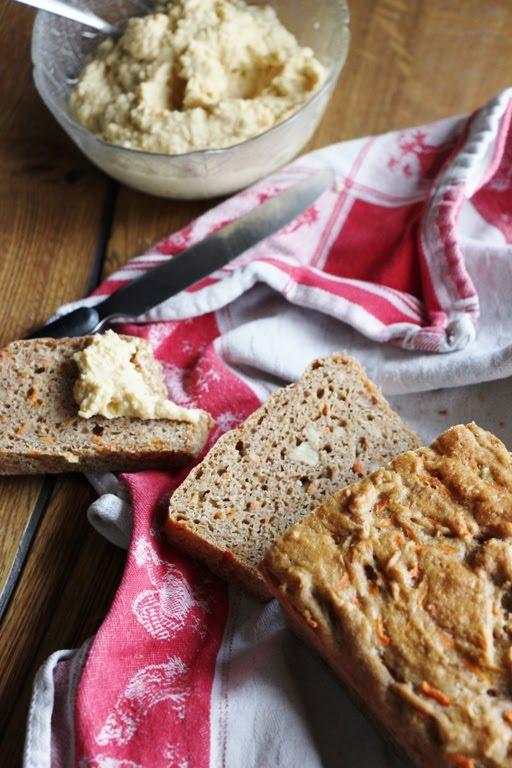 Karotten - Walnuss - Brot