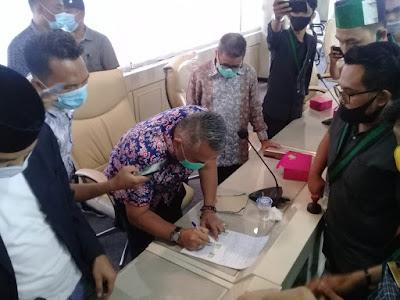 Empat Anggota DPRD Lampung Bersama HMI Buat Pernyataan Sikap Tolak Undang-Undang Cipta Kerja
