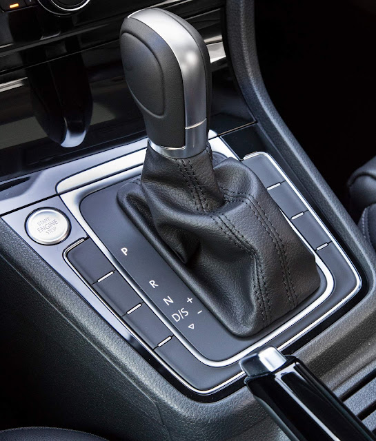 VW Golf 200 TSI Automático 2018