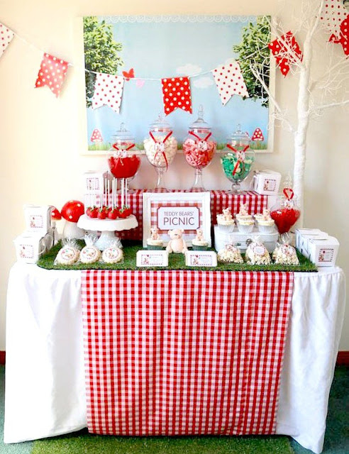 Your Party Ideas, Recipes & Crafts | Link Party #9 - sharing our fav blogger's best recipes for summer entertaining, parties and celebrations! via BirdsParty.com @birdsparty