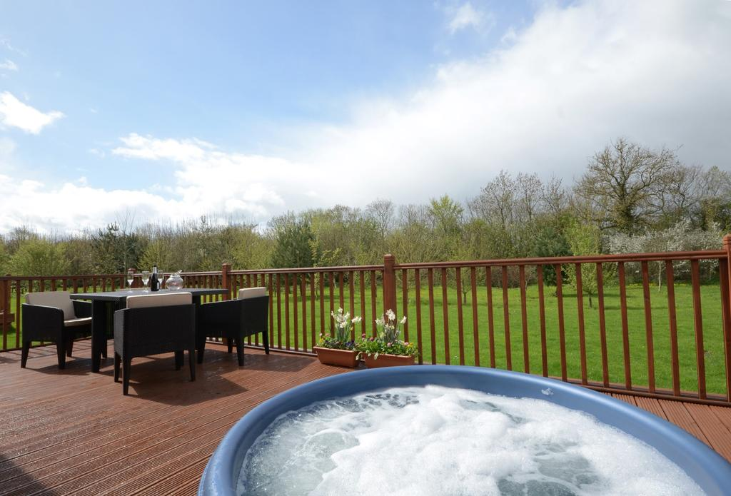 20 lodges with hot tubs within a 2 hour drive of Newcastle Upon Tyne - Malton Grange Lodges