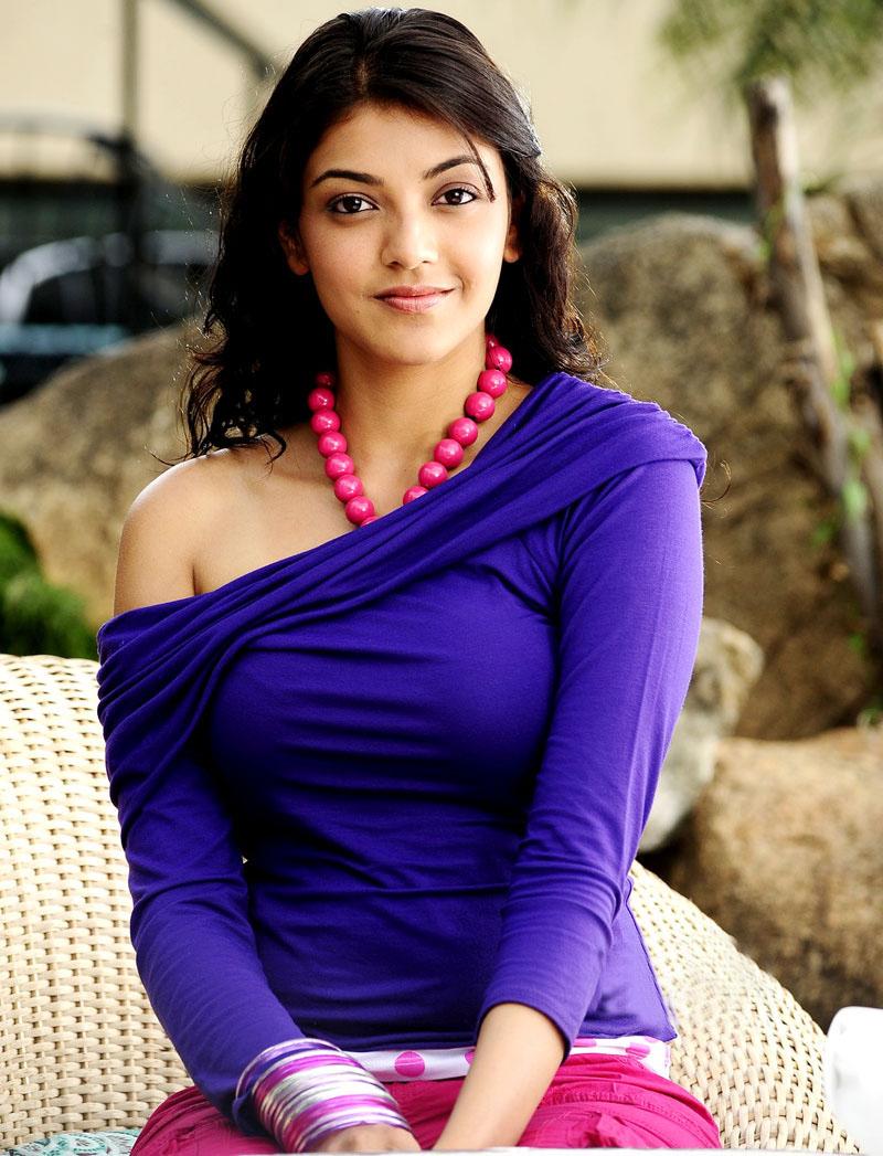 25 Kajal Aggarwal Hd Wallpapers Bikini Images Pics And Hot -3055
