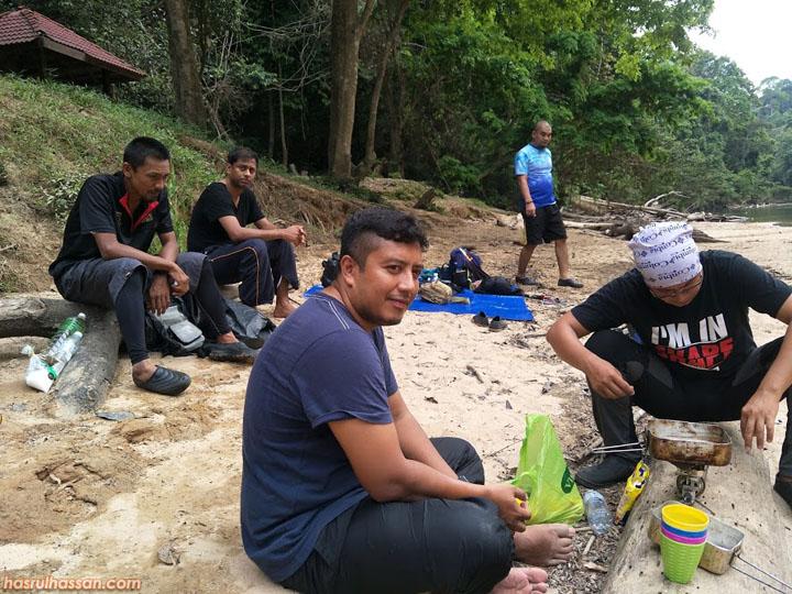 Lubuk Simpon Taman Negara Malaysia