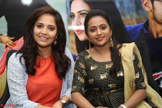 Actress Suma in Black Salwar Suit and Anusuya in orange Dress at winner movie press meet part 2 February 2017 (72).JPG