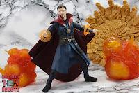 S.H. Figuarts Doctor Strange (Battle On Titan Edition) 38