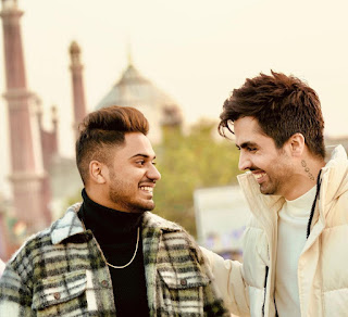 """""""I can bet my money on him that he will be synonymous with Punjabi pop in no time"""", says the '83' star Harrdy Sandhu on the singer Romaana's EP  'Meherbaniaan'"""