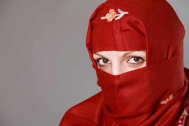 Model Hijab Yang Populer
