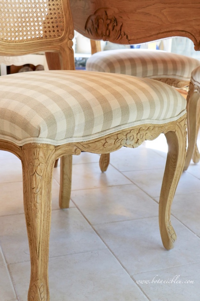 French Country beige checked seat dining chair with curved wood legs