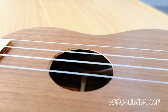 Ashbury AU-12S Soprano sound hole