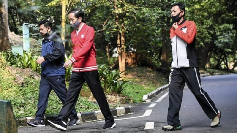 Berolahraga di Istana Bogor, Presiden Ajak Masyarakat Jaga Kesehatan