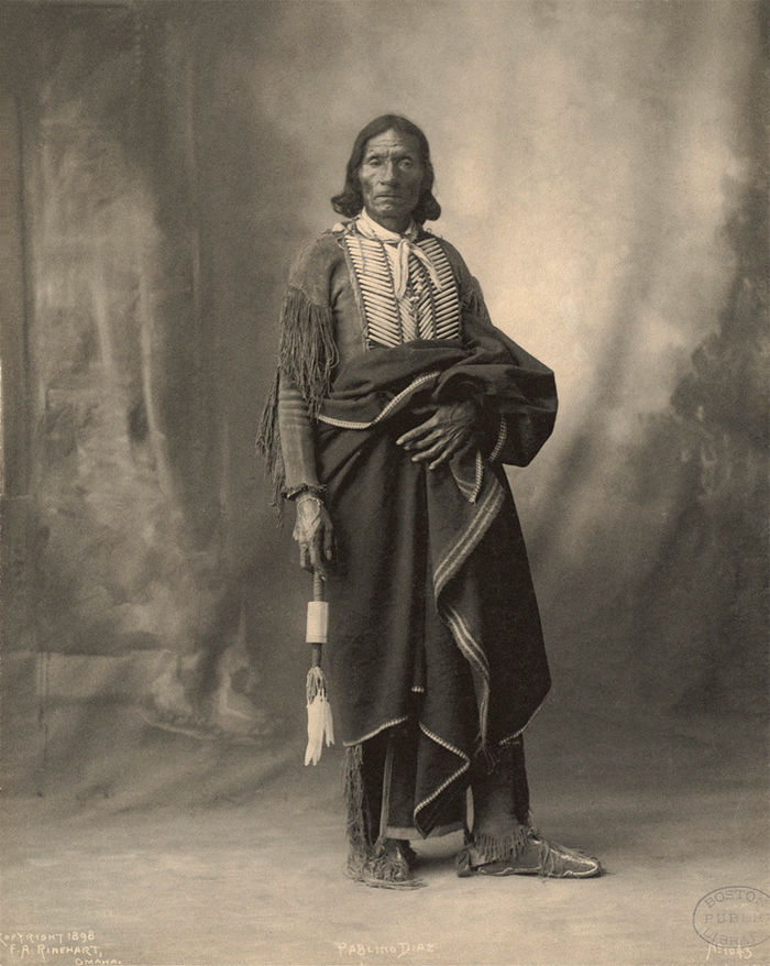 Ŧhe ₵oincidental Ðandy: Tribal Headdresses From Around The ...