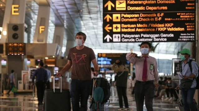 Tiba di Bandara Soetta, Ratusan Warga China Langsung Dikarantina