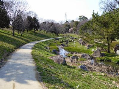 山田池公園 川沿い