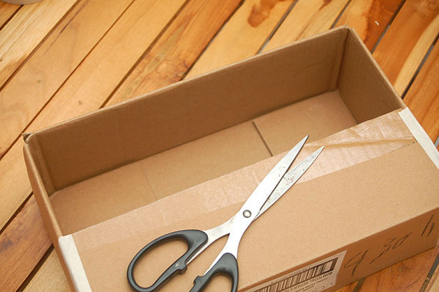 Como hacer un teatro de titeres con una caja