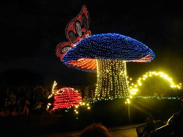 parade Magic Kingdom Disney World