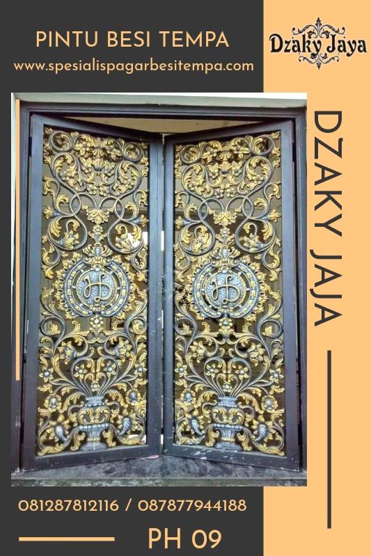 Model Pintu Besi Tempa Klasik Yang Menambah kemewahan Rumah